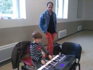 Musique avec Hicham du conservatoire, de Châteaubriant